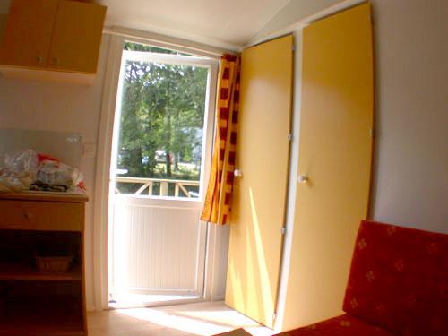 mobil home pour 2 4 personnes domaine de keravel. Black Bedroom Furniture Sets. Home Design Ideas